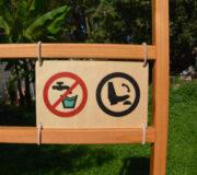 nowato Handwaschbecken 2020 - Detail Schild aus Holz Kein Trinkwasser, Fusspumpe