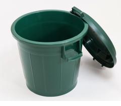 80-L Behälter mit Deckel aus Kunststoff