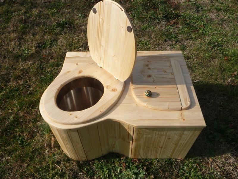komposttoilette 39 der eck schmetterling 39 nowato. Black Bedroom Furniture Sets. Home Design Ideas