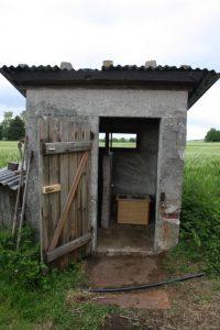 Die Bunte - Komposttoilette - in einem ehemaligem Bockstahl