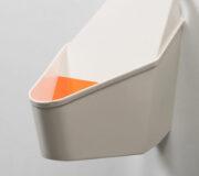 Et voila MARCELLE ! -- wasserloses Frauenurinal aus Edelstahl - ohne Wasser -- nowato