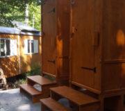 Komposttoilette Biolan eco - zwei Kabinen WIESE mit Biolan- Montage