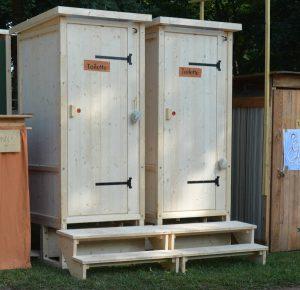Toilette 'Wiese' mit Biolan eco. Fichte unbehandelt. Aschaffenburg