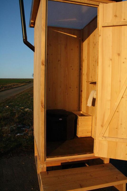 Komposttoilette 'Wald' mit Biolan eco und optionales Einstreubehälter aus Holz