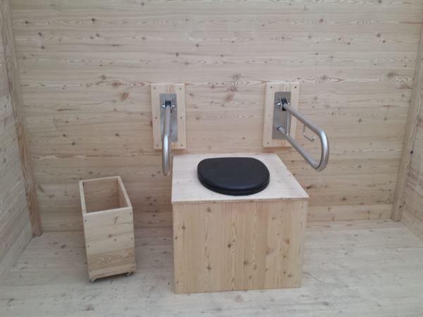Komposttoilette Wald barrierefrei XXL 80L. Innenansicht