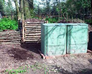 Trocken-Toiletten - Verwertung, Veredelung, Eigennutzung durch Kompostierung - geschlossene Komposter