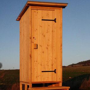 nowato Komposttoilette. Toilettenhaeuschen WALD