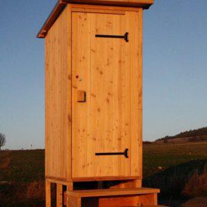 """Komposttoilette """"Wald"""" aus Lärchenholz, erhöht für die Biolan 'eco'"""
