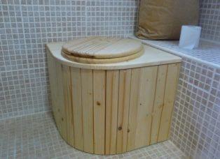 Komposttoilette 'Das Eckchen'
