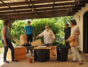 nowato - kleiner Vortrag über Komposttoiletten - Verein Wiesbaden - ein paar Gartenfreunde und Vereinsmitglieder und nowato