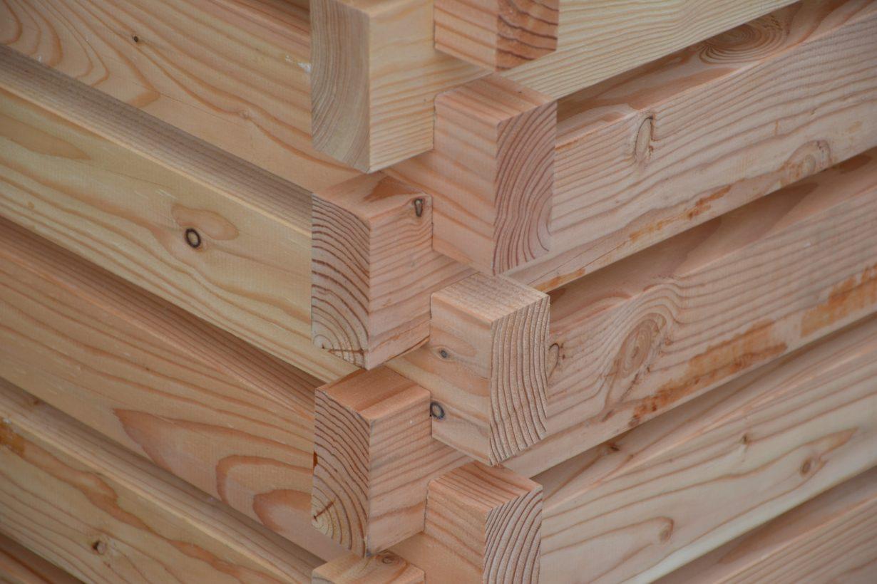 Komposter aus Lärchenholz - Detail Eckverbindung