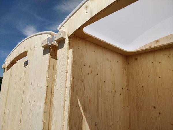nowato Komposttoilette Heide - Dach aus Polycarbonat, Innenansicht