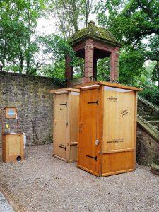 nowato Toilettenvermietung. Vermietung von Komposttoiletten und Handwaschbecken.