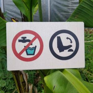 """nowato Schild """"Kein Trinkwasser · Fußpumpe"""" auf 12mm starke Balsa-Sperrholzplatte (BANOVA), ohne Weißdruck - hochwertiger Plattendirektdruck"""