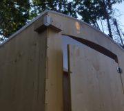 nowato Komposttoilette 'Heide' · Ansicht Dach von vorne